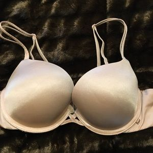 Victoria's Secret Very Sexy  Padded Demi 36B